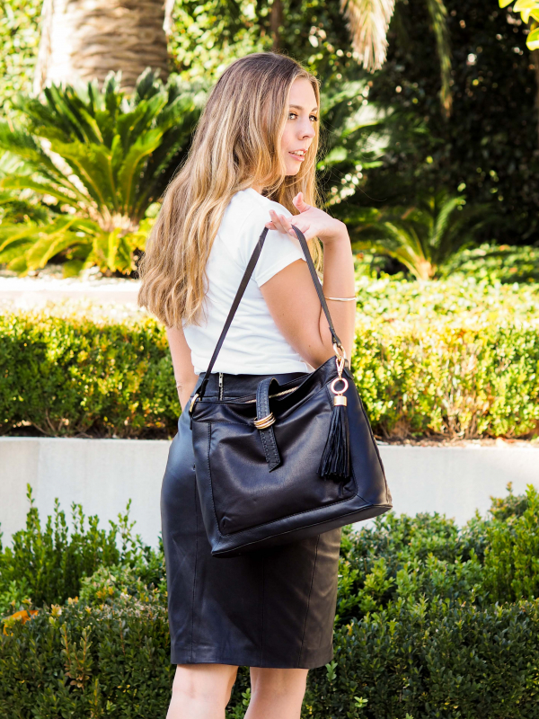 Monk Leather, Kendall tote bag, black, Lifestyle image 03