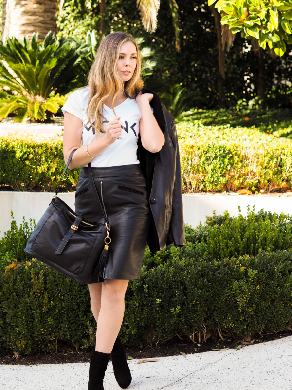 Monk Leather, Kendall tote bag, black, Lifestyle image 02