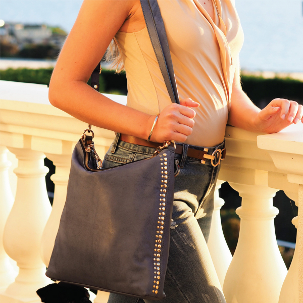 Monk Leather, Paige slouch tote bag, denim blue, Lifestyle image 01