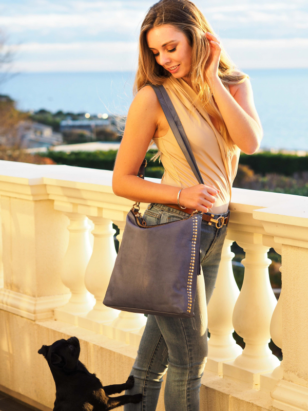 Monk Leather, Paige slouch tote bag, denim blue, Lifestyle image 02